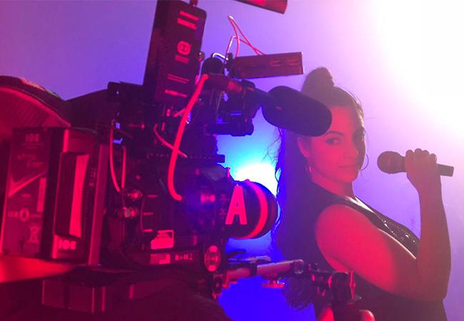 PRISCILA GÓMEZ será la cantante Selena Quintanilla en su BIOPIC