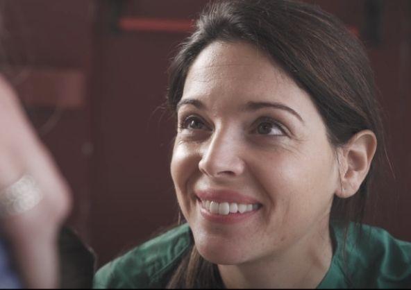 Alba Pérez en el nuevo corotmetraje «Mis ojos en los tuyos»