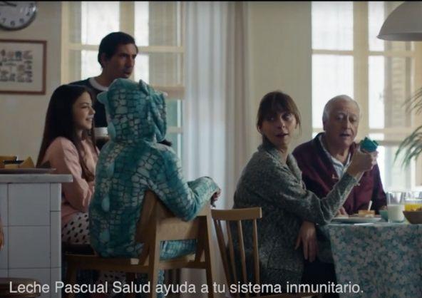 Cris Acosta en el nuevo anuncio de Leche Pascual